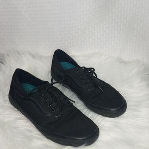 Men's sz 9 all black canvas old skool Vans shoes